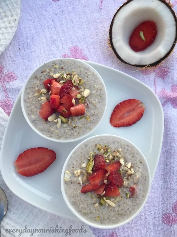 Quinoa kheer - Quina pudding with strawberries recipe