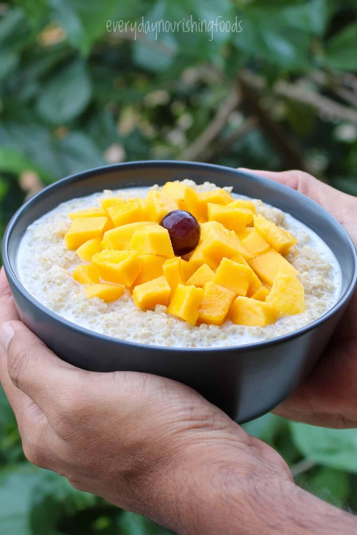 quinoa breakfast porridge