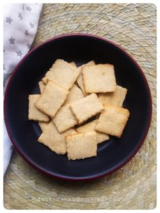 Cashew butter biscuits (Eggless and dairy free)