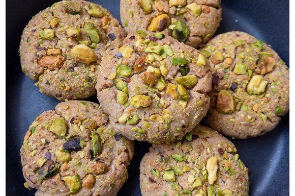 Pista cookies (Pistachio cookies)