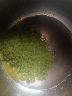 frying mint paste for mint pulao recipe