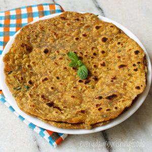 Zucchini paratha in a plate