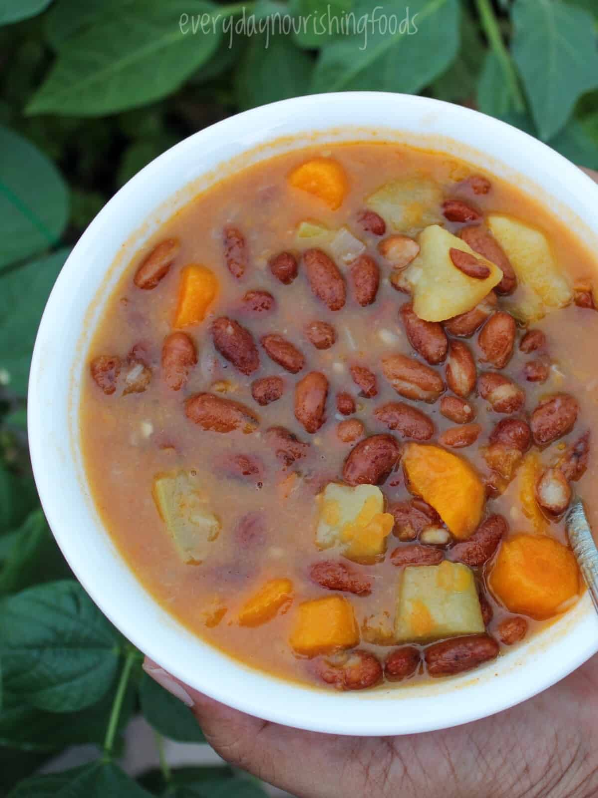 instant pot kidney beans in a bowl