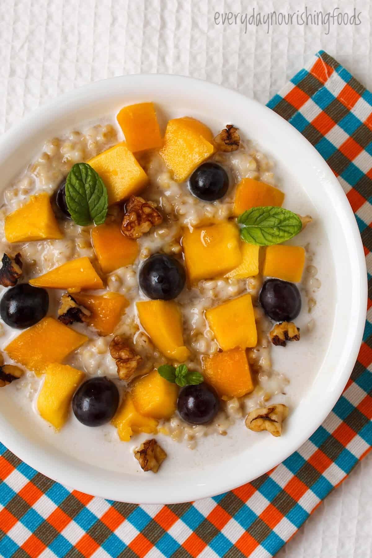 steel cut oats breakfast bowl