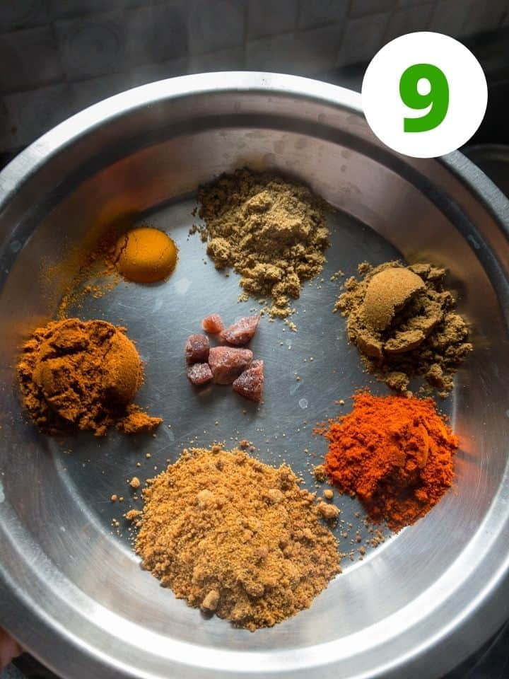 spice powders for instant pot yellow peas curry.